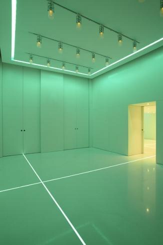 Spazio theca milano for Design dello spazio esterno
